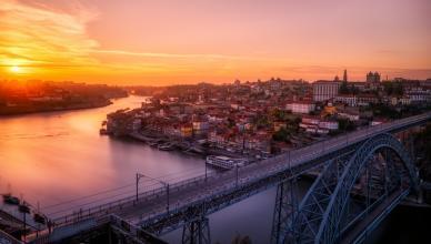 Os 5 bares para sair na baixa do Porto